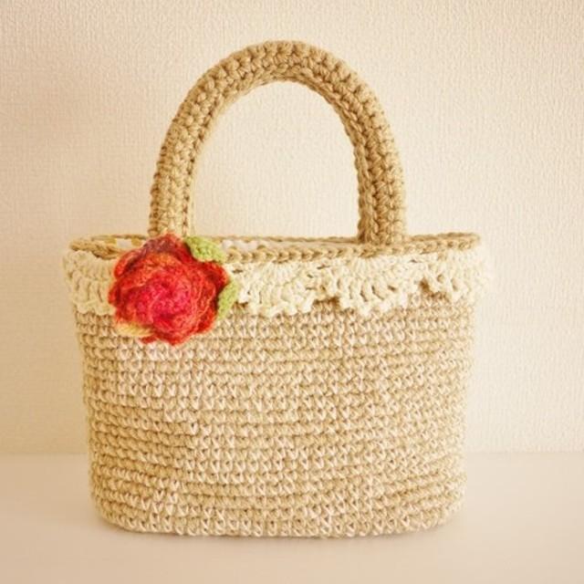 手編みバッグ(コサージュ付き)