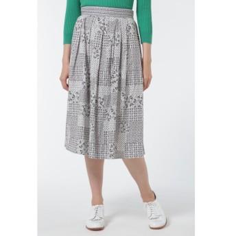 HUMAN WOMAN / タイルプリントスカート
