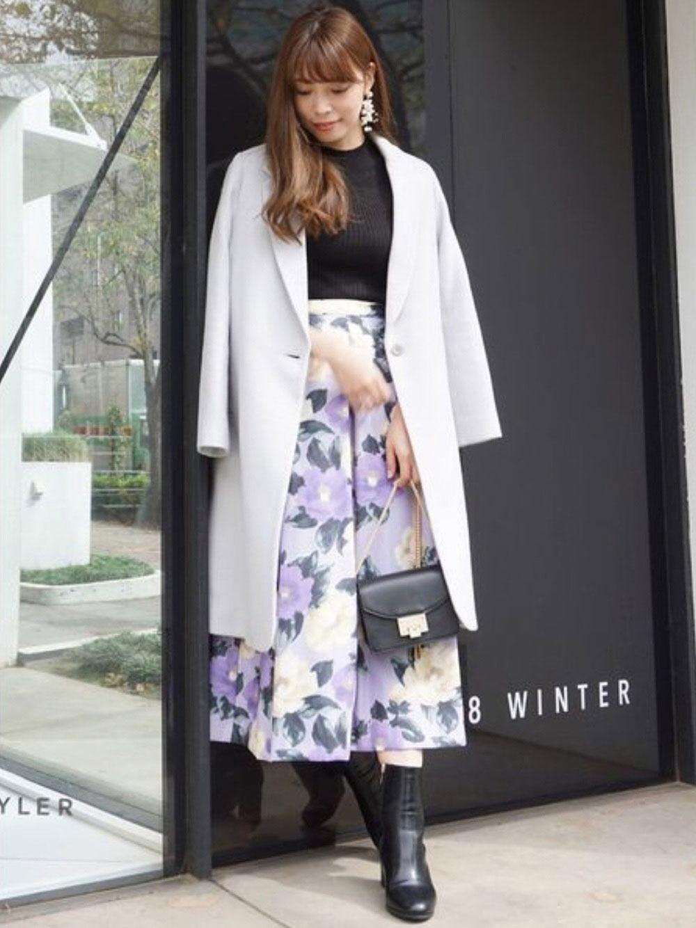 花柄のフレアスカート