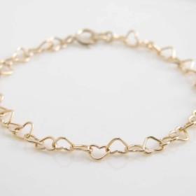 ハートブレスレット ~ Gold Heart Link Bracelet