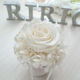 White Roseの小さなリングピロー