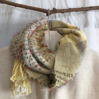 【ユニセックス】一点物 カラフルウールの手織りスヌード 黄色