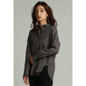 la.f. オリジナルチェックオーバーロングシャツ シャツ・ブラウス,ブラウン系