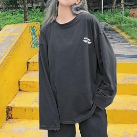 Tシャツ - Felt Maglietta オーバーサイズでゆるっとしたシルエットが可愛い◎バックプリントの飛行機がインパクト大!飛行機プリントロングTシャツ/オーバーサイズTシャツ/プリントTシャツ/韓国/韓国ファッション/ロンT/ロングトップス長袖 秋 大きいサイズ big