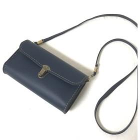 size M ヴィンテージ感漂うショルダーバッグ iPhone7+も入るサイズ感♪ ポケットカスタム対応《ネイビー》