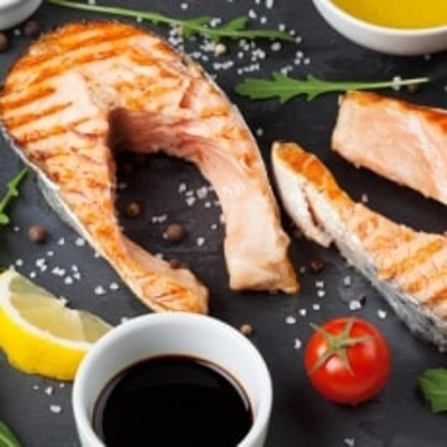 【北海道宗谷産】生鮭切身ステーキセット (2パック入)