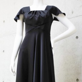 演奏会・発表会に / リュクスな大人女子に!スタイル美人になれる上質ドレス(ブラック) 1-0192-4