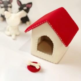 [アクセサリー]手作り犬小屋、骨と鉢1(犬なし) - ペット - エイミーとティム手作りで