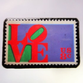 アメリカ バレンタイン切手ブローチ 4528