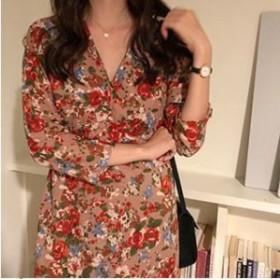 バックリボンで後ろ姿も可愛くオシャレに♡ Vネック 花柄ワンピースドレス 大人上品 エレガント フェミニン ミディ丈