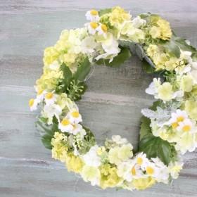 爽やかリース!新緑のナチュラルリースは年中飾れます。玄関飾りドア飾りにも