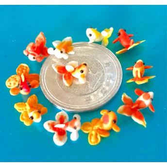 DAISO樹脂粘土製 金魚(オレンジ系複色)