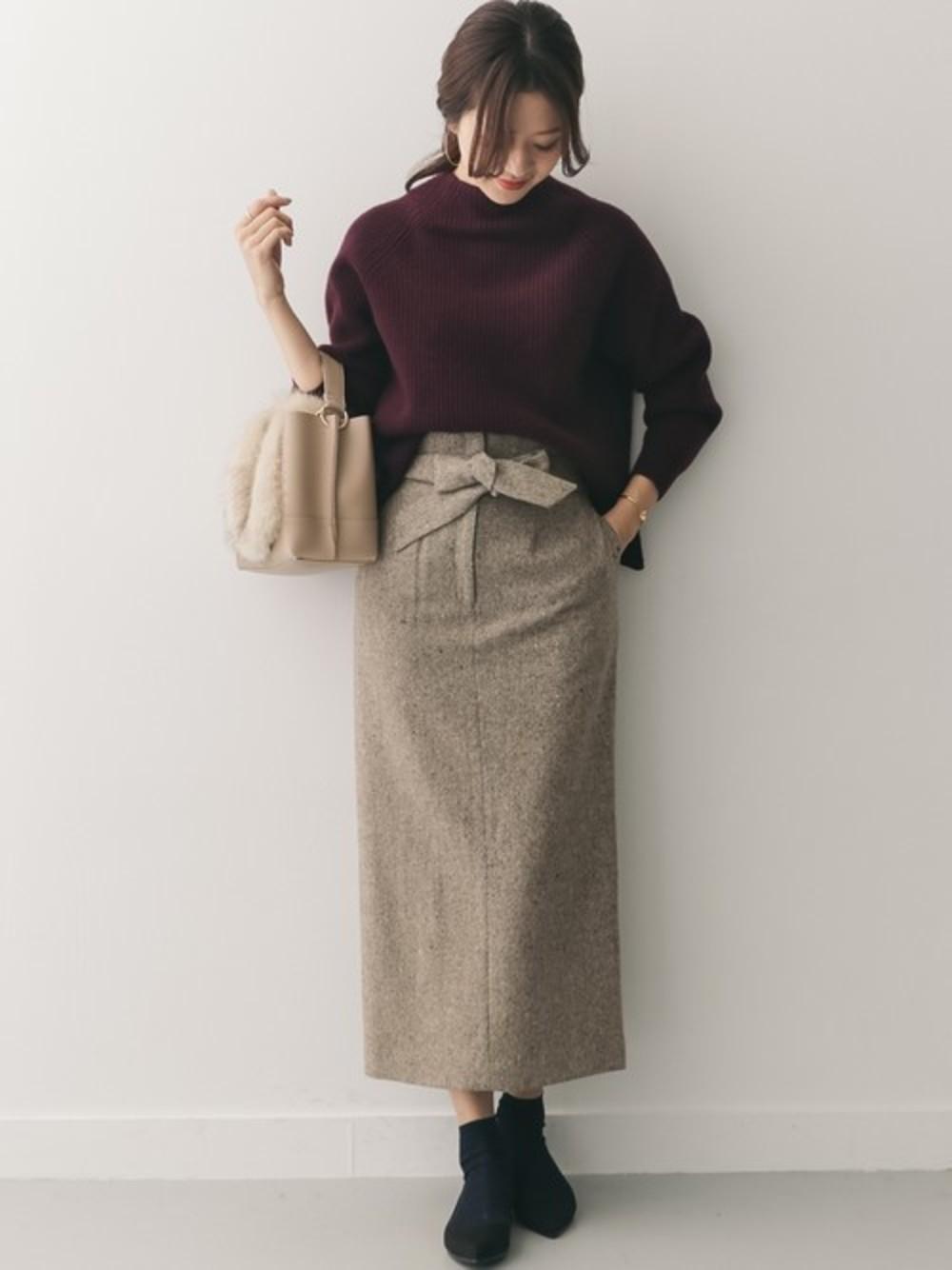 ツイードのIラインスカート