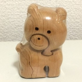 北海道いちいの木 くまの組木