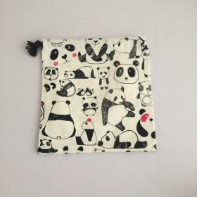 パンダ柄 巾着 白