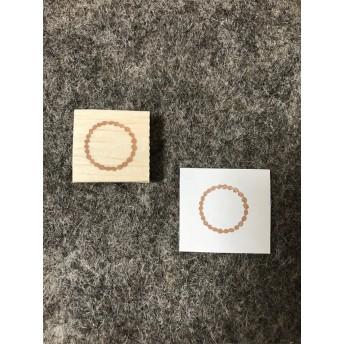 タンバリン刺繍の丸
