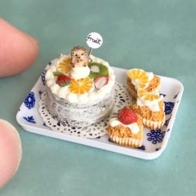 ハリネズミ★ミックスフルーツのネイキッドケーキ★ハート形カップケーキ★