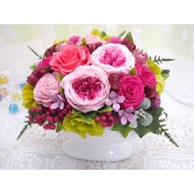 オールドローズのてまりミルフィーユをオーバル花器でおしゃれに・プリザーブドフラワーアレンジメント