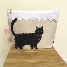一匹の黒猫×猫がハンドメイド?!ポーチ
