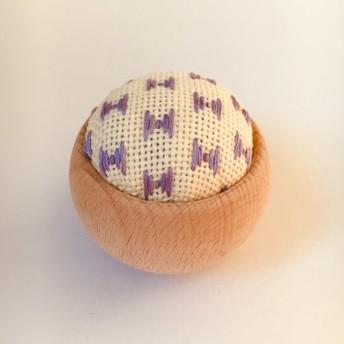 こぎん刺しピンクッション(針山)紫りぼん