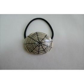 蜘蛛の巣模様のヘアゴム