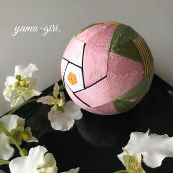 直径約8㎝ 手まり「椿」ピンク(花芯オレンジ)