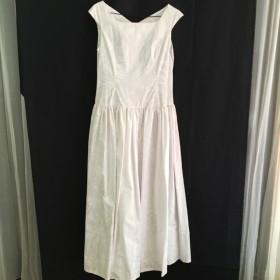 ハワイアン ホワイトドレス