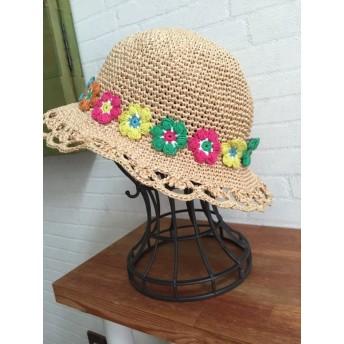 カラフルフラワーのスカラップ帽子
