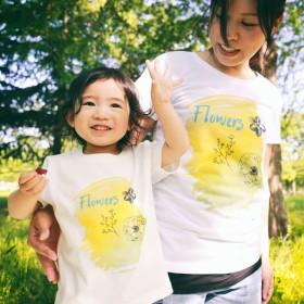 ママとキッズのおそろい2枚セットリンクコーデTシャツ flowersTシャツ。
