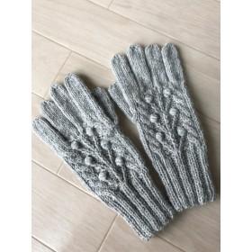 アルパカウールの5本指手袋 アラン模様 生命の木 木ノ実