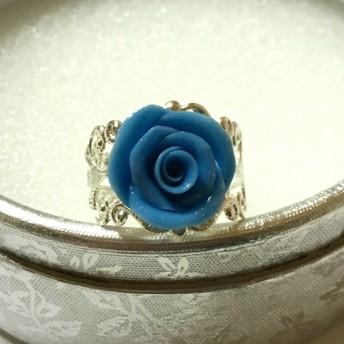 雨色の薔薇のリング ジュエリーボックス付き