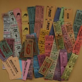 100枚のパステルカラー海外チケット 詰め合わせ ヴィンテージ アンティーク コラージュ、ラッピングに