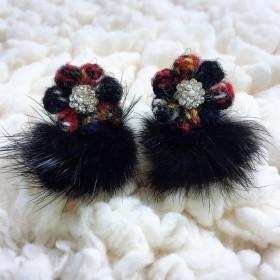 Harris Tweed Flowers もふもふブラックファーでおめかしイヤリング Xmas night color ver. Swarovski シルバー