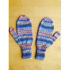 手編みの手袋 ( ミトン )