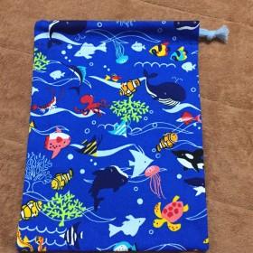 k37 お魚柄のコップ袋 巾着袋