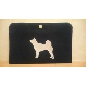 柴犬刺繍ポーチ 柴柄白