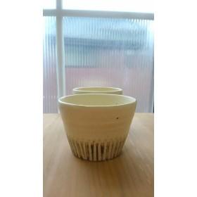 線刻模様のフリーカップ