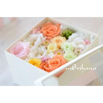 【【期間限定感謝セール】】母の日・フラワーボックスアレンジ(ホワイト)