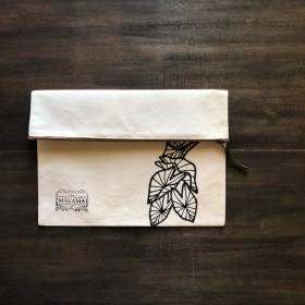 手描きアートコットンキャンバスクラッチ 【Kalo/タロイモ】 MALAMA Clutch