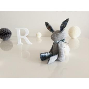 送料無料 spring rabbit (no.2)