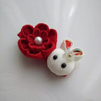 うさぎとお花のベビークリップ(赤)