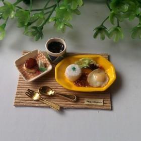 【今日の晩ごはん】キーマカレー目玉焼きのせ&デザートぷりん