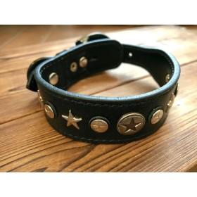 セール!革製犬首輪 26〜33.5馬蹄鉄バックル.星 ️カッコ良い