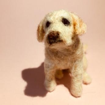 フェルト犬 ラブラドール・レトリバー おすわりさん MW072