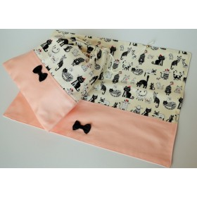 ガーリーな猫柄巾着袋×ランチョンマット給食袋