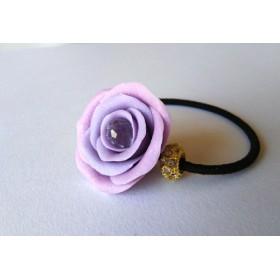 サンキャッチャーを閉じ込めた薔薇のヘアゴム 薄紫色
