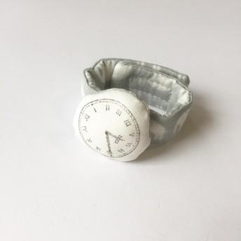 ベビー専用・アンティークな腕時計リストラトル/ぞうさん/ライトグレー