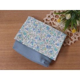 グリーン小花×アッシュブルー マチ付き移動ポケット