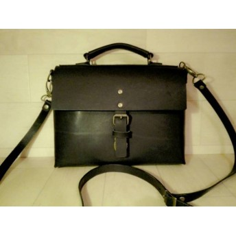 【受注生産・納期6日】ショルダーバッグにもなるタブレットや小物に最適なヌメ革ミニブリーフバッグ
