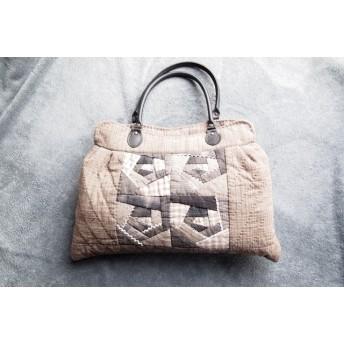 【1】パッチワーク 薔薇モチーフのハンドバッグ